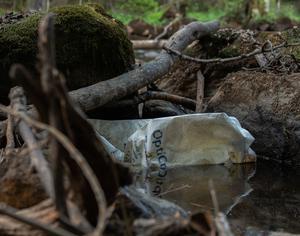 Bland soporna fanns plastsäckar som innehållit gödningsmedlet Opticrop.