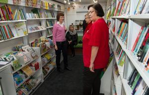 På fredagen gav kommunens anställda möjlighet att komma och titta på den nya bokbussen.