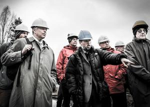 Arkivfoto: Nils Leine i mitten när Mark- och miljööverdomstolen hade syn vid Långforsen för några år sedan.