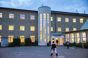 Redan idag går Oxbacksskolans högstadieelever i Mariekällskolans lokaler. När ombyggnationen är klar ska 540 elever i årskurs 4-9 rymmas i lokalerna, där de får samsas med en förskola.