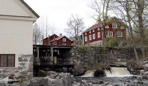 Bevara den unika kulturmiljön i Järle eller den utrotningshotade flodpärlmusslan? Att  det finns engagemang i frågan är bra för demokratin, skriver landshövding Maria Larsson.