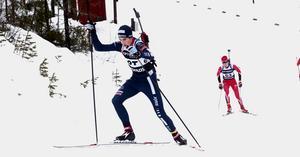 Erik Larsson körde precis som Oscar Andersson upp sig i jaktstarten och var bara sekunder från en pallplats.