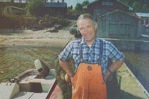 Trots de stora besvären med säl så stortrivs Arne Öberg med livet som fiskare på Alnö