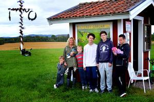 Klara Berryman och hennes familj önskade sig en lekplats i Österby i höstas. Nu verkar det som om de inte får någon – inte med kommunens hjälp i alla fall.