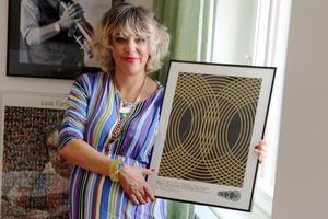 Grammisbelönade låtskrivaren och artisten Marit Bergman, från Rättvik, får SKAP:s Evert Taube-stipendium 2018.  Foto: Pressbild