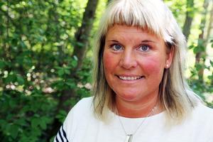 LInda Fahlén är lärare och håller med om att det är viktigt för både kropp och själ med bra skolgårdar och närhet till naturen.
