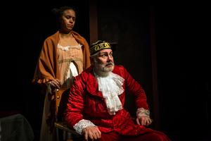 Gabriella Bascom och Dick Olofsson som paret Capulet.