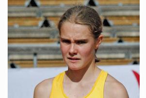 Efter Finnkampen ställde Klara upp i Senior-SM. Där var förstaårs-junioren 23 hundradelar från att snuva damerna på en plats i finalen på 800 meter. Hon blev trea i sitt försöksheat. Foto: Privat
