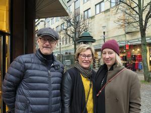 Peter, Anci och Sofie Roos var ute och fyndade, de trivs bättre här än på Asecs