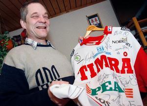Bo-Göran Lund gillar sport och gläds över Timrås framgångar i år.