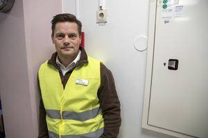 Ronny Stjernlöf, säkerhetschef på Region Gävleborg, berättar att på flera andra sjukhus har anställda utsatts för våld. – Nu har vi haft tur att ingen i den egna personalen här har råkat illa ut, säger han.