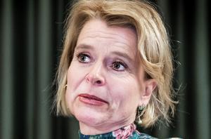 Barn- och jämställdhetsminister Åsa Regnér (S) ser det som ett framsteg för jämställdhetsarbetet att försörjningsstödet höjs - när eget jobb skulle betyda mycket mer. Foto: Tomas Oneborg