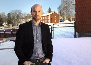 Utredare. Fredrik Eliasson, planeringssekreterare vid landstinget i Örebro, har undersökt varför människor flyttar, både från och till Ljusnarsberg.