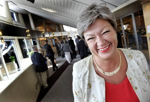 2014: Arbetsmarknadsminister Ylva Johansson (S) firar Berlinmurens fall. 1989: Aktiv i ett parti som hyllade den Östtyska diktaturen.