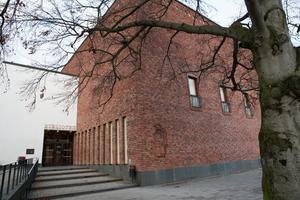 Stadsbiblioteket är en av byggnaderna som uppfördes under moderniseringen av centrum.
