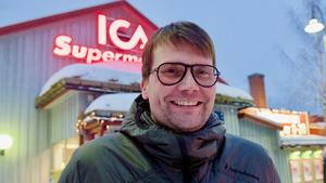 – Turismen ökar varje år, likaså färskvaruutbudet i Icas sortiment. Vi vill erbjuda mer. För det krävs utrymme. Det har vi inte, säger Daniel Lundquist.