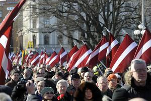 Lettland: 30,76 inv/km2 = Sundsvall 30,99 inv/km2.