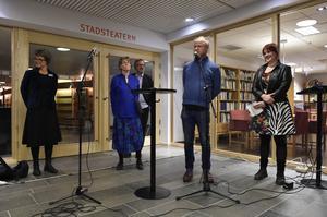 Robert Gustafsson hyllade Västgöta - Bengtsson i sitt tal men bjöd också på några typiska västgötahistorier