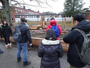 Lärmiljöprojektet som drivs genom en elevdriven demokratisk process. Aktivitetsparken är tänkt att locka ut de äldre eleverna från korridorerna för att bli mer fysiskt aktiva. Foto: Robert Lättman-Masch