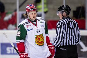 Måns Carlsson gjorde det viktiga 3–5-målet mot Västerås, mitt i hemmalagets press för en kvittering i den tredje perioden. Foto: Erik Mårtensson/Bildbyrån