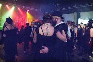 Kvällen hade inte varit komplett utan en väldans massa swing.