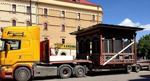 Kiosken ritades till en utställning 1882 i samband med invigningen av en ny tågförbindelse mellan Sundsvall och Trondheim.