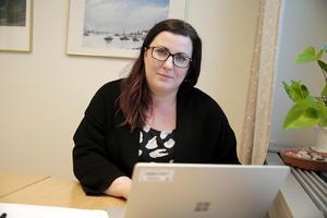 """""""Jag har inte fått in något intyg, så användningsförbudet gäller fortfarande"""", säger bygglovshandläggare Lina Ström."""