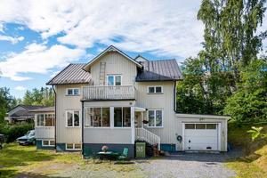 Villan som ligger på centrala Försön kammade hem 5 669 klick förra vecakn. Foto: Fastighetsbyrån