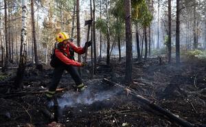 Isabella Gärds är en av de specialutbildade skogsbrandmännen som jobbade med att släcka en av sommarens skogsbränder i Småland.