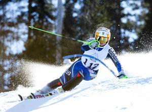 Veronica Smedh i slalombacken. Foto: Linus Wallin.