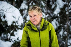 Eva Magnusson driver Skogens Sköna Gröna. Där förädlar hon granskott till matprodukter.