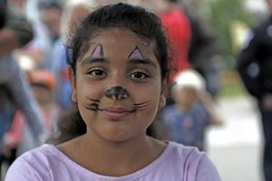 Malk Al-Khaffaf passade på att göra en aniktsmålningen under Barnens dag på Nipyran.