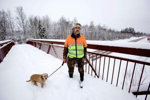 I mer än 15 år har  Anders Wiklund slagit larm om den obefintliga förvaltningen av viltstammen på Falu kommuns mark. Foto: Claes Söderberg