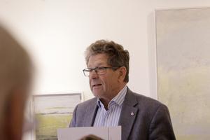 Alliansen har aldrig föreslaget ett privat vårdboende på Stensnäs, menar Håkan Kangert (M).