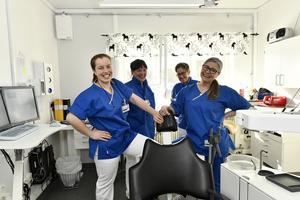 Nu är det full bemanning på tandläkarmottagningen i Idre och Särna med  Anastacia Andersson Ljus, Annica Lagerlöf-Jönsson, Anki Mörk och Cina Gynnerstedt.