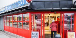 Ica Norrköp har landets bästa pantstation intill matvarubutiken.