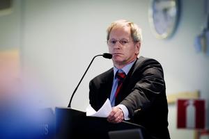 Hans Gleimar (M) kom med en fräck antydan om ett antal av sina politikerkolleger i fullmäktige.