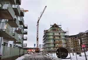 Dagen efter kranolyckan på Öster Mälarstrand.