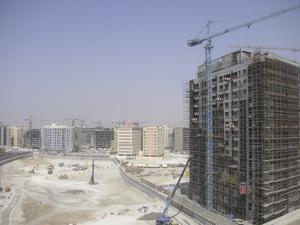 Förändringens vind stormar. Dubai är den region i världen med flest lyftkranar per kvadratkilometer. – Det byggs hela tiden, det är lite tråkigt att aldrig få se en färdig stad, tycker Elin.