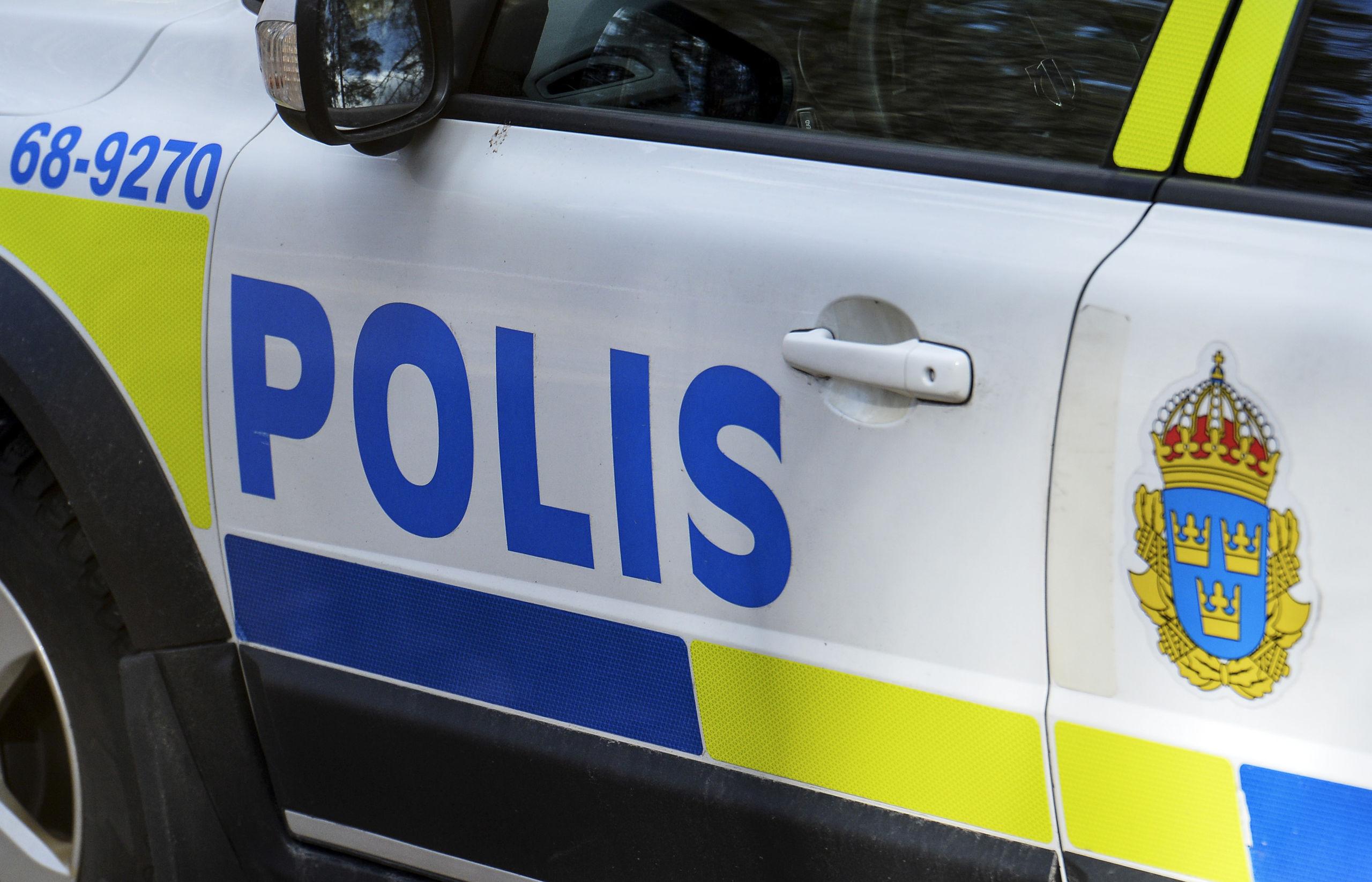 Smitare greps efter polisjakt
