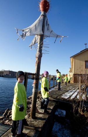 Städdag vid Ljusnans strand, då är Johan Gustafsson, Theo Svensson, Liam Karlsson, Noel Karlsson och David Gustafsson i P10 med på noterna. De får ju in pengar till klubben.