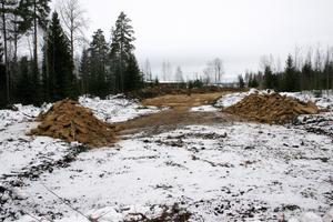 Vägprojekt. Vägbygget till Stora Ensos lager för 30 miljoner kronor är redan påbörjat.