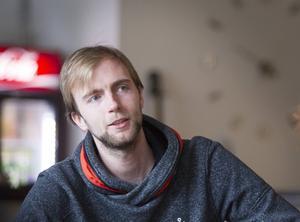 Team Hudiks tränare Fredrik Forslin hoppas på tre poäng i derbyt.