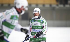 Efter sju säsonger väljer Micke Olsson att lämna VSK för att flytta hem.