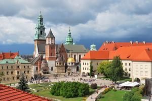 Krakow är prisvärt och fullt av vacker arkitektur och spännande kultur.