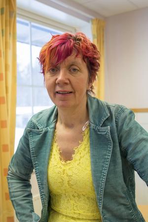 Lisbeth Pipping föreläste på Enångers skola utifrån egna erfarenheter av att bli mobbad.