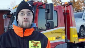Kristian Svensson har haft bråda dagar den senaste tiden för att hjälpa bilägare som fått problem med sina bilar i den stränga kylan.