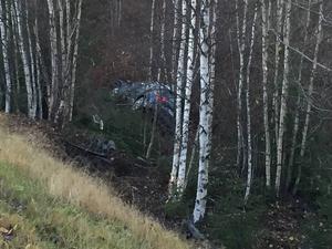 Bil har voltat av vägen vid infarten till Boda i Järvsö.