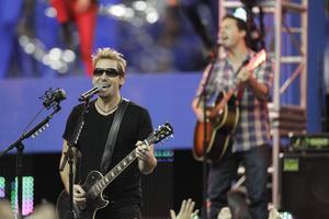 Nickelback kommer till Sverige i höst.