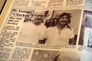 Mats Östensson och Lars Norberg komade Chuck Berry på flygfältet i Orsa.